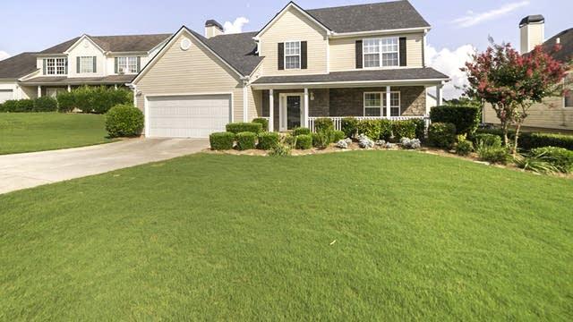 Photo 1 of 20 - 2286 Swan Lake Ct, Grayson, GA 30017