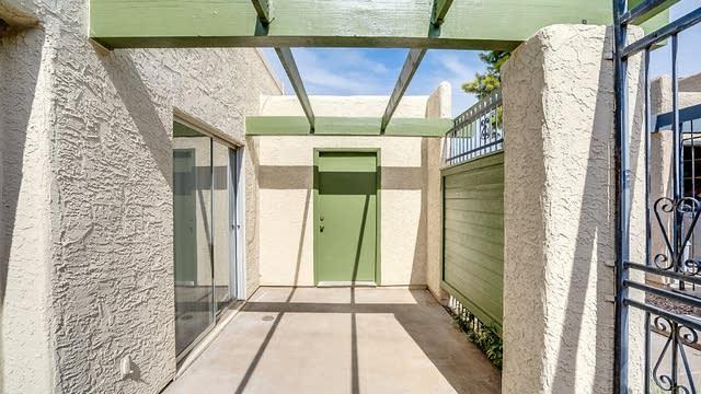 Photo 1 of 13 - 524 S Evergreen Rd, Tempe, AZ 85281