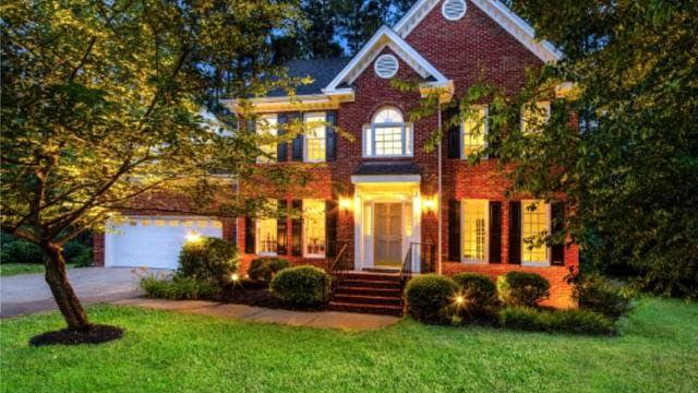 Photo 1 of 25 - 7701 Limehouse Ct, Raleigh, NC 27613