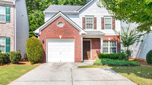 Photo 1 of 17 - 9473 Lakeview Rd, Union City, GA 30291