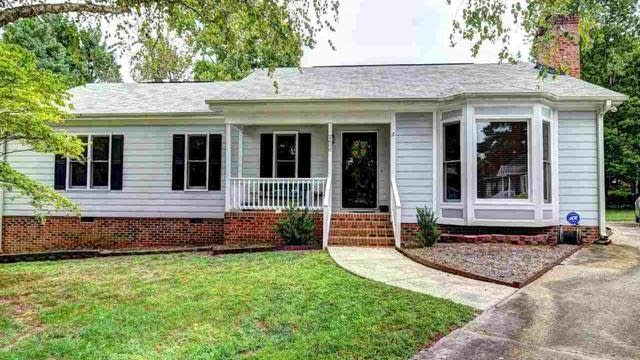 Photo 1 of 28 - 2600 Pine Creek Ct, Raleigh, NC 27613