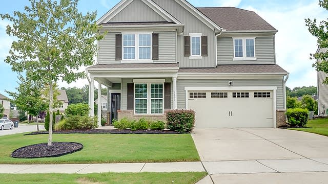 Photo 1 of 25 - 1602 Sunday Silence Dr, Knightdale, NC 27545