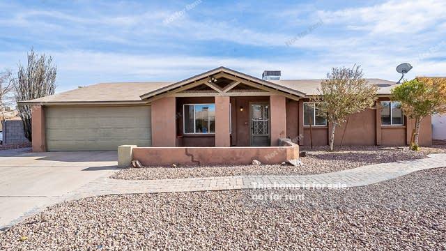 Photo 1 of 31 - 12415 N 49th Dr, Glendale, AZ 85304