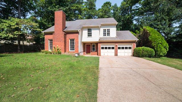 Photo 1 of 19 - 1348 Christiana Dr, Lawrenceville, GA 30043