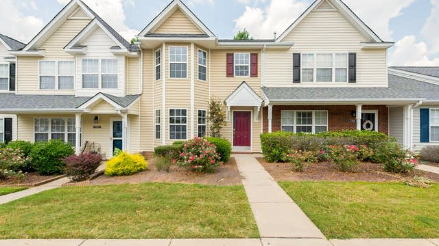 Photo 1 of 13 - 7310 Sun Dance Dr, Fort Mill, SC 29707