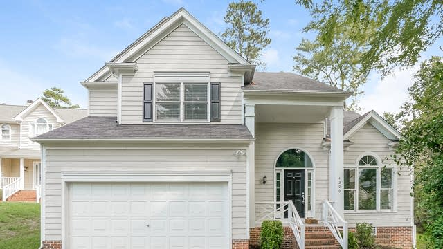 Photo 1 of 25 - 4209 Chelsford Pl, Raleigh, NC 27604