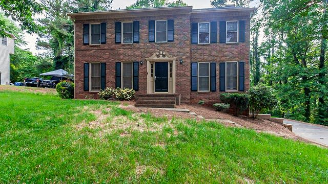 Photo 1 of 22 - 173 Patterson Rd, Lawrenceville, GA 30044