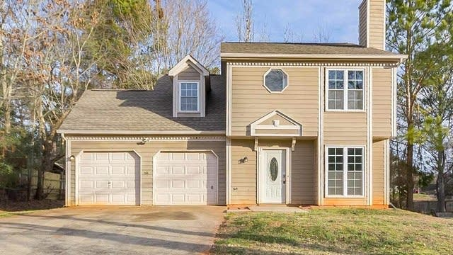 Photo 1 of 25 - 1381 Charter Oaks Ln, Lawrenceville, GA 30046