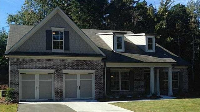 Photo 1 of 25 - 3731 Ivy Lawn Dr, Buford, GA 30519