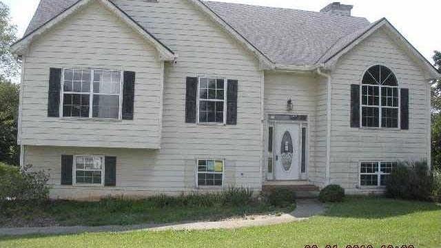 Photo 1 of 14 - 3175 Pucketts Mill Rd, Buford, GA 30519