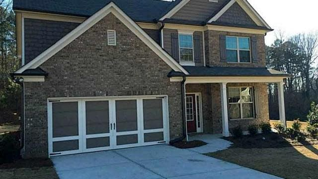 Photo 1 of 20 - 3691 Ivy Lawn Dr, Buford, GA 30519