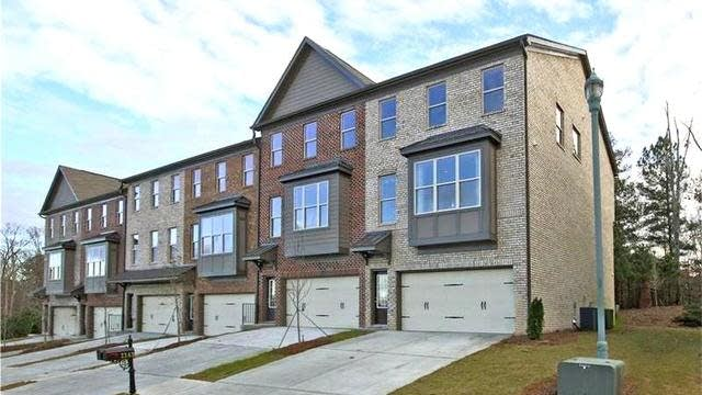 Photo 1 of 20 - 1164 Laurel Valley Ct, Buford, GA 30519