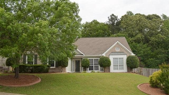 Photo 1 of 23 - 3320 Goldmist Dr, Buford, GA 30519