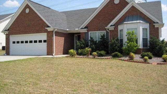 Photo 1 of 20 - 3131 Cranberry Ln, Buford, GA 30519