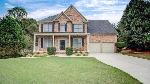 Photo 1 of 40 - 2681 Chandler Grove Ct, Buford, GA 30519