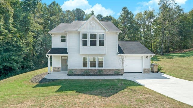Photo 1 of 16 - 892 Hawk Creek Trl, Winder, GA 30680