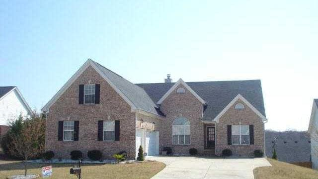 Photo 1 of 18 - 3345 Stoneleigh Run Dr Dr, Buford, GA 30519