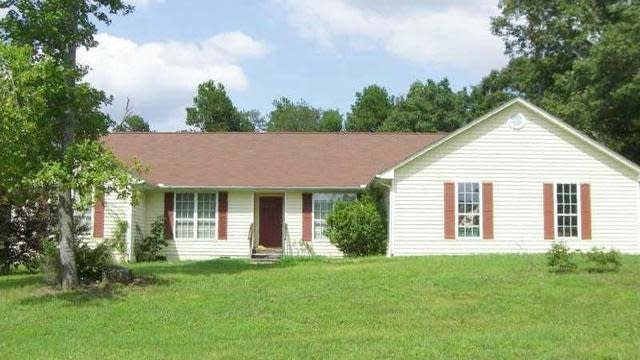 Photo 1 of 2 - 2801 Old Thompson Mill Rd, Buford, GA 30519