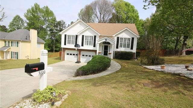 Photo 1 of 25 - 3000 Ivy Mill Dr, Buford, GA 30519