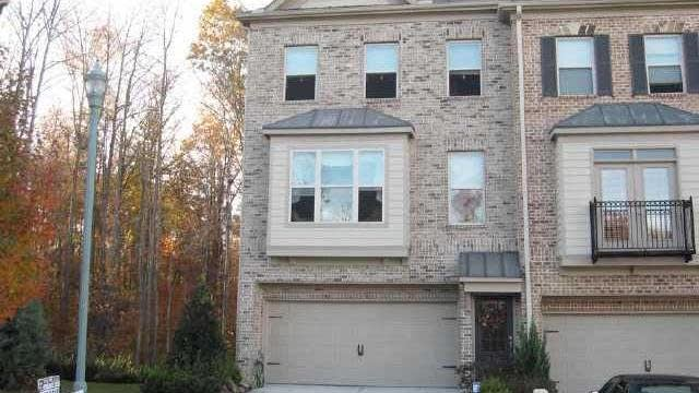 Photo 1 of 16 - 2774 Laurel Valley Trl, Buford, GA 30519