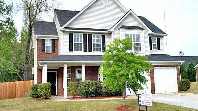 Photo 1 of 2 - 3587 Hill Pond Dr, Buford, GA 30519