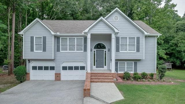 Photo 1 of 40 - 2980 Phillips Bend Xing, Buford, GA 30519