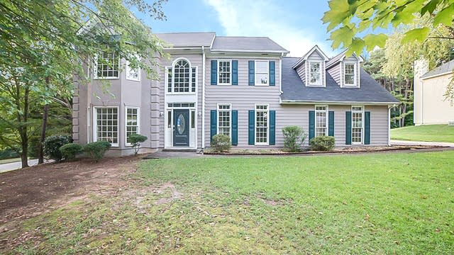 Photo 1 of 18 - 1055 Pebble Bend Dr, Grayson, GA 30017