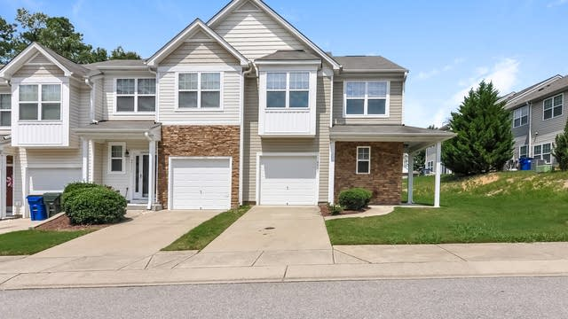 Photo 1 of 22 - 4913 Blue Rock Ct, Raleigh, NC 27610