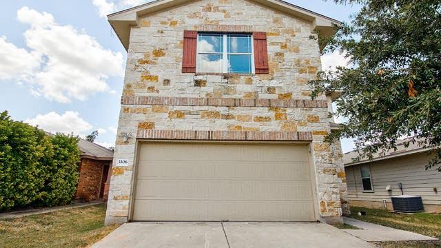 Photo 1 of 28 - 3306 Wickham Ln, Austin, TX 78725