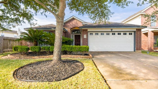 Photo 1 of 24 - 25203 Spring Iris Ln, Katy, TX 77494