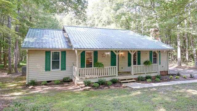 Photo 1 of 30 - 507 John Mitchell Rd, Youngsville, NC 27596