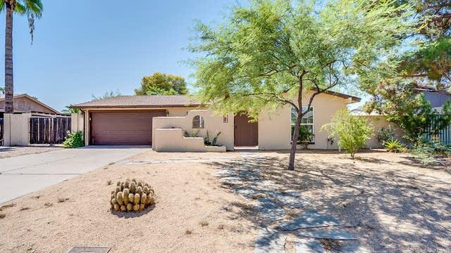 Photo 1 of 26 - 1401 W Rockwood Dr, Phoenix, AZ 85027