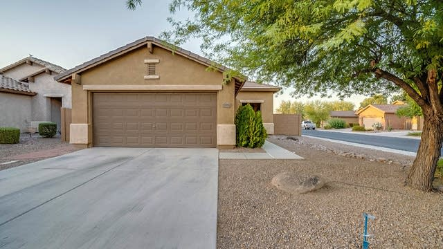 Photo 1 of 19 - 45982 W Windmill Dr, Maricopa, AZ 85139