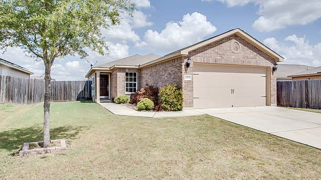 Photo 1 of 14 - 11815 Luckey Flower, San Antonio, TX 78252