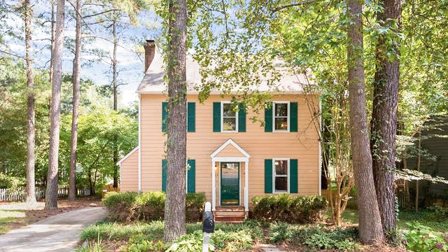 Photo 1 of 17 - 7404 N Thorncliff Pl, Raleigh, NC 27616