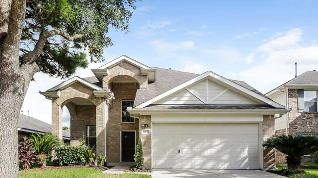 Photo 1 of 50 - 16530 Whitaker Creek Dr, Houston, TX 77095