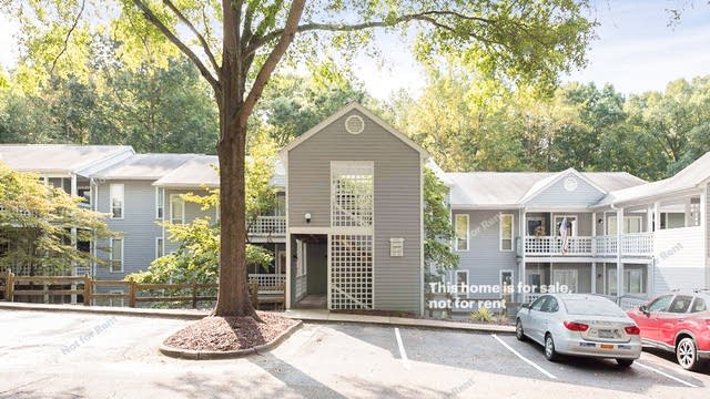 Photo 1 of 11 - 4120 Sedgewood Dr #303, Raleigh, NC 27612