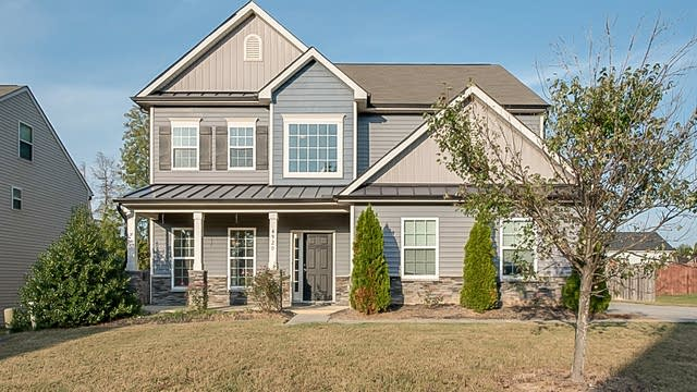 Photo 1 of 24 - 4920 Stonewood Pines Dr, Knightdale, NC 27545