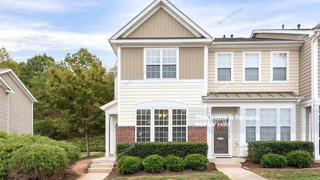 Photo 1 of 14 - 7631 Satinwing Ln, Raleigh, NC 27617