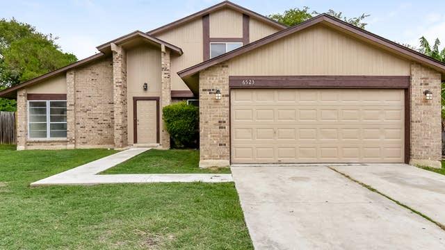 Photo 1 of 25 - 6523 Magic Oaks, San Antonio, TX 78239