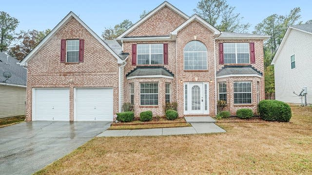 Photo 1 of 17 - 4705 Ivy Fork Dr, Loganville, GA 30052