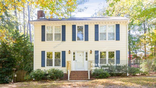 Photo 1 of 31 - 7433 Deer Track Dr, Raleigh, NC 27613