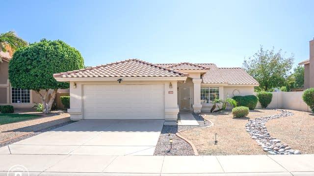 Photo 1 of 23 - 7211 W Crest Ln, Glendale, AZ 85310
