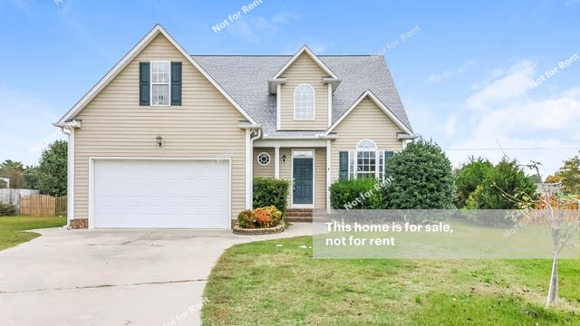 Photo 1 of 25 - 7609 Pegram St, Willow Spring, NC 27592