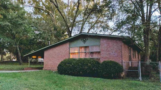 Photo 1 of 12 - 101 Pine Cir, Jonesboro, GA 30236
