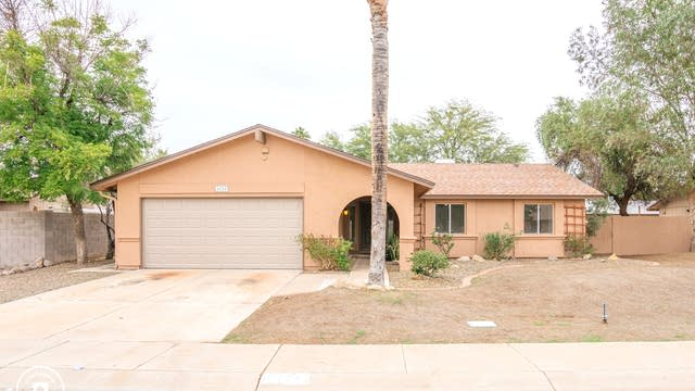 Photo 1 of 26 - 4224 W Michelle Dr, Glendale, AZ 85308