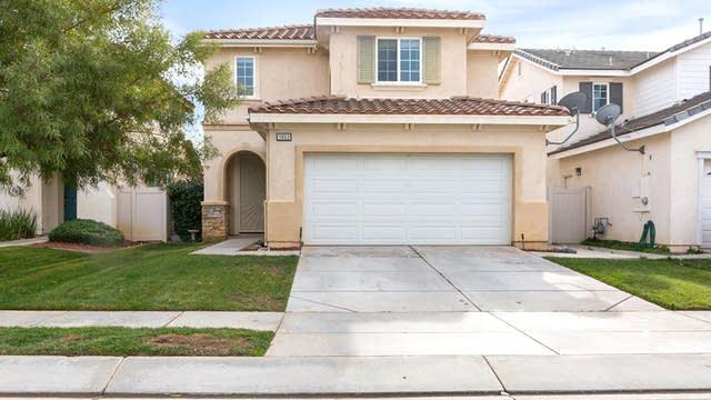 Photo 1 of 17 - 1663 Apollo Way, Beaumont, CA 92223