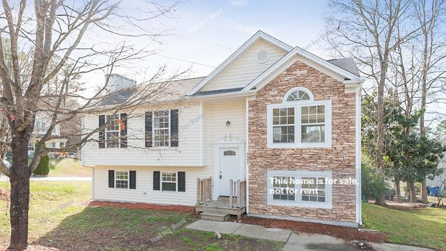Photo 1 of 20 - 3332 Planet Dr, Raleigh, NC 27604