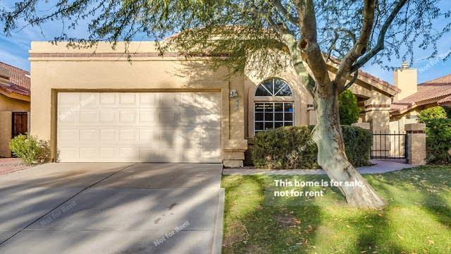 Photo 1 of 18 - 552 N Fountain Cir, Chandler, AZ 85226