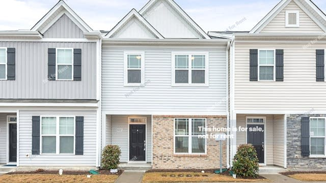 Photo 1 of 14 - 8885 Commons Townes Dr, Raleigh, NC 27616